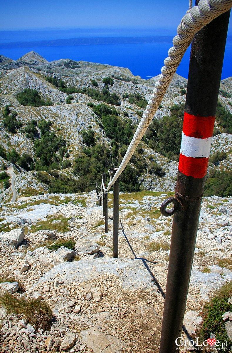 Czerwony szlak na szczyt Sv Jure