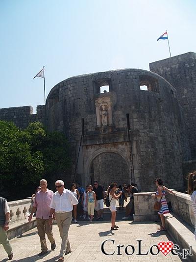 Dubrownik - główna brama starego miasta