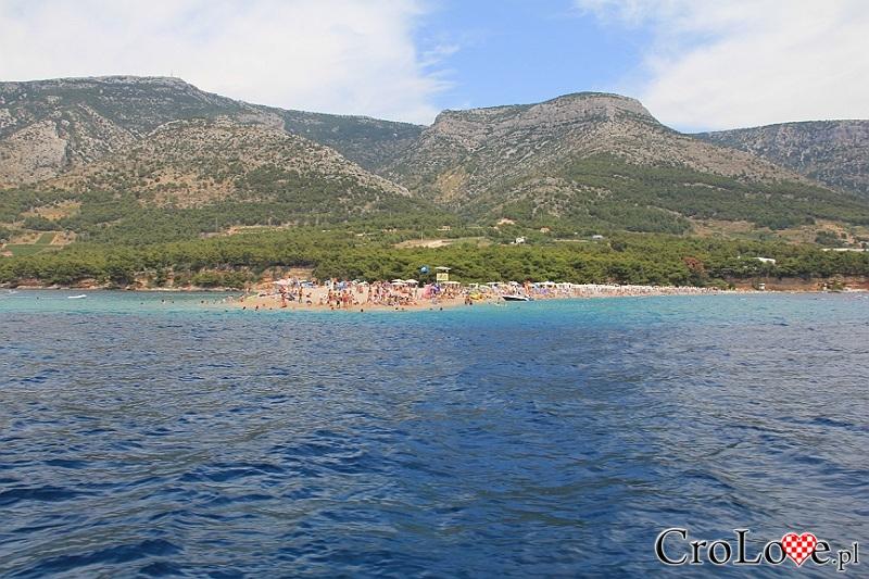 Plaża Zlatni Rat (Złoty Róg) w Bol na wyspie Brač w Chorwacji