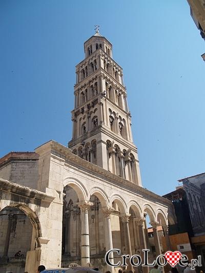 Kościelna dzwonnica w Pałacu Dioklecjana