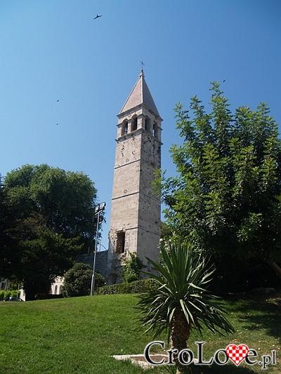 Wieża nieopodal pomnika Grgura Ninskiego