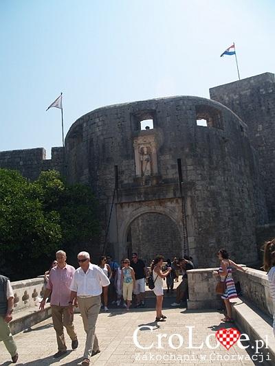 Brama Pile na Starym Mieście