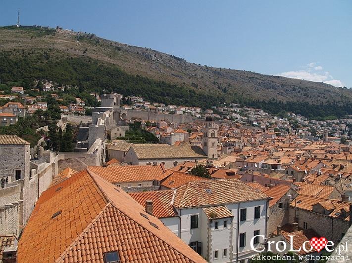 Widok ze Starego Miasta na Wzgórze Srd