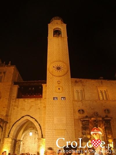 Wieża zegarowa przy placu Luža na Starym Mieście