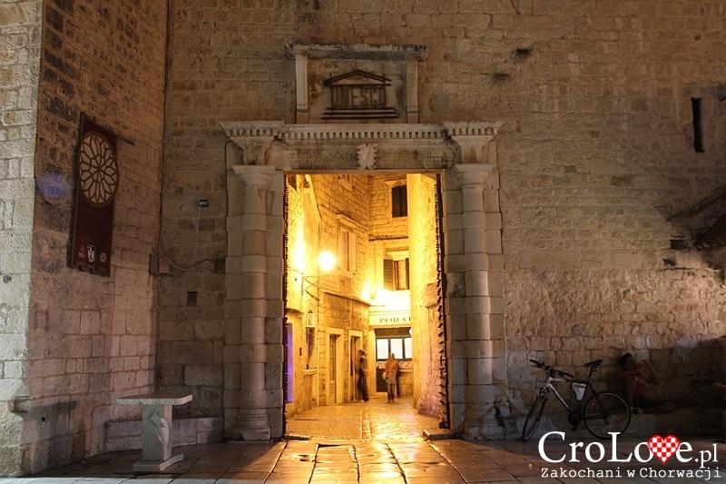 Brama morska w Trogirze