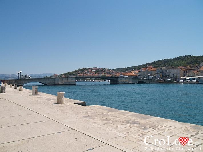Most łączący Trogir w wyspą Čiovo