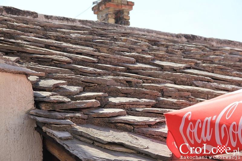 Kamienne dachówki w starej części Mostaru