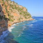 Plaża Pasjača i strome klify w południowej Dalmacji