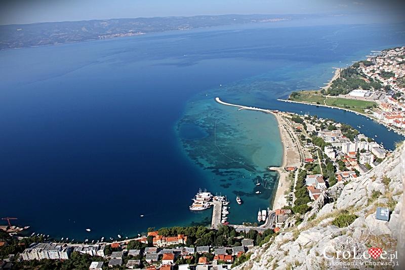 Panorama Omiša widziana z Twierdzy Starigrad (Fortica)