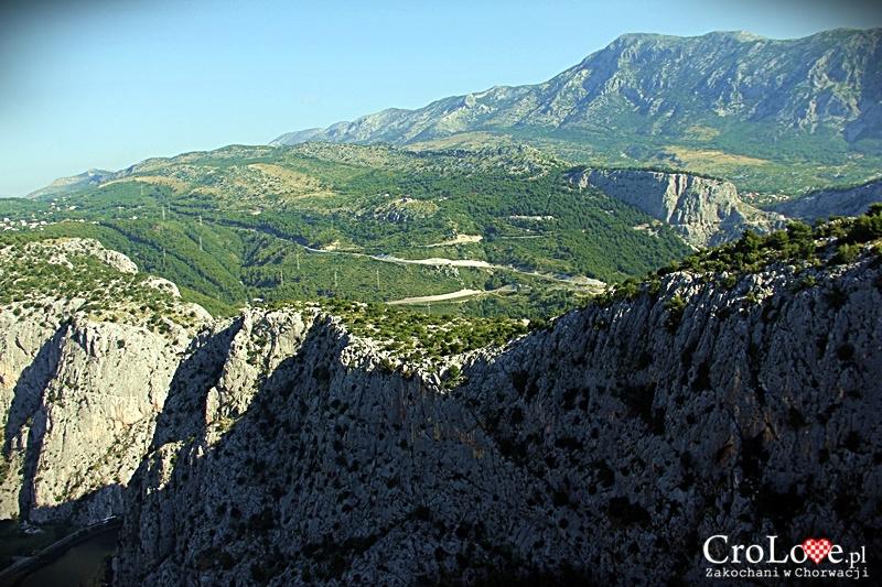 Panorama masywu Mosor widziana z Twierdzy Starigrad (Fortica)