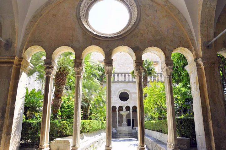 Klasztor Franciszkanów w Dubrowniku (fot. ewa-naprzeciwszczciu.blogspot.com)