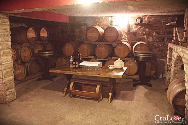 Degustacja wina w winiarni Matuško w Potomje