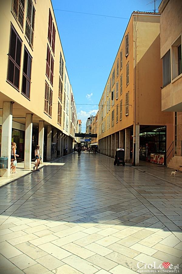 Odbudowana w latach 90-tych część starego miasta