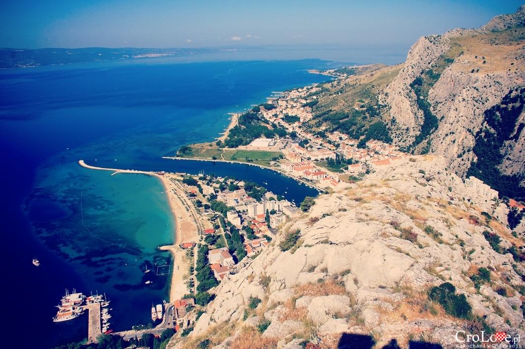 Ujście rzeki Cetiny do Adriatyku w Omišu