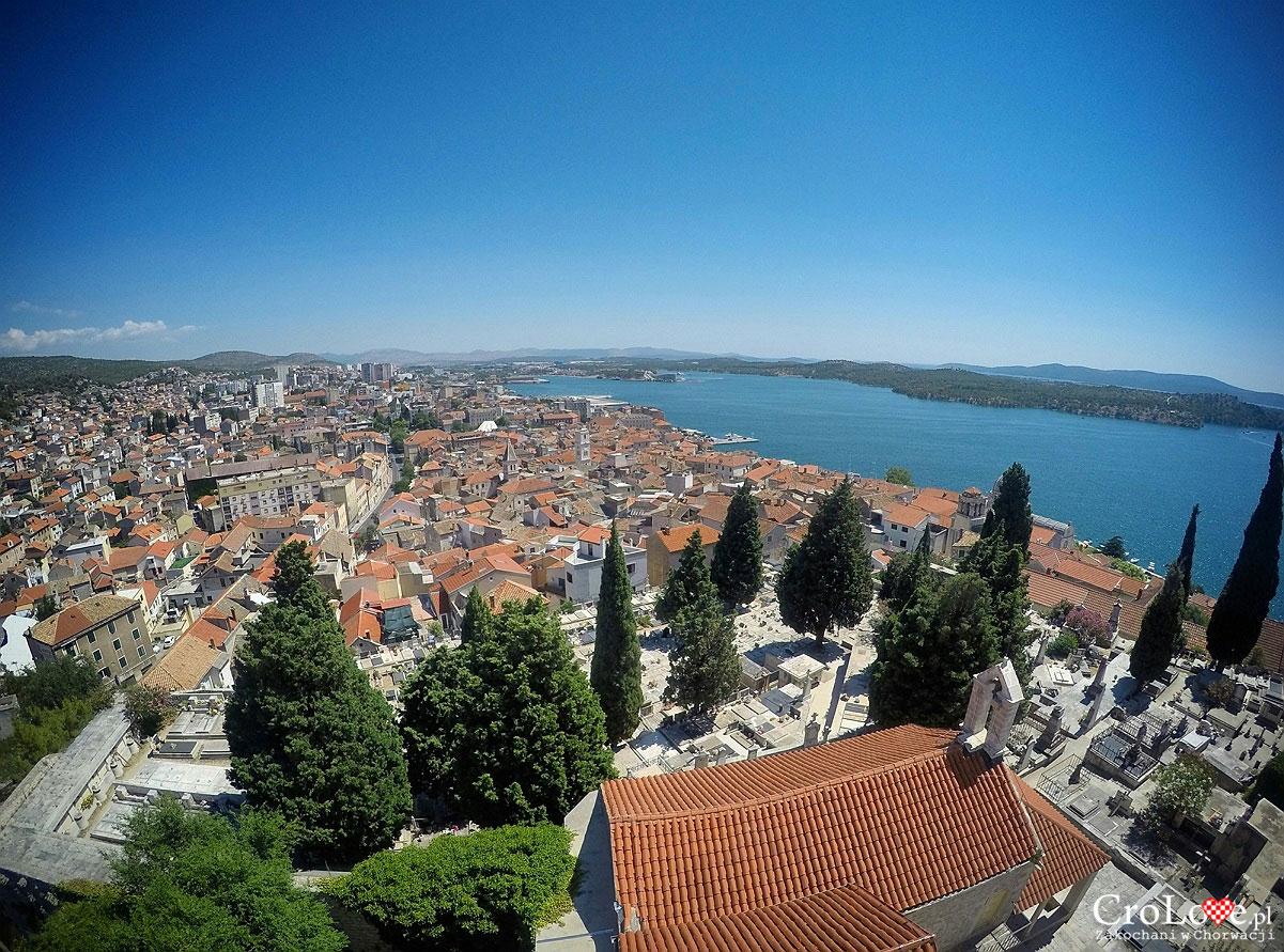 Widok na miasto z twierdzy św. Michała w Šibeniku