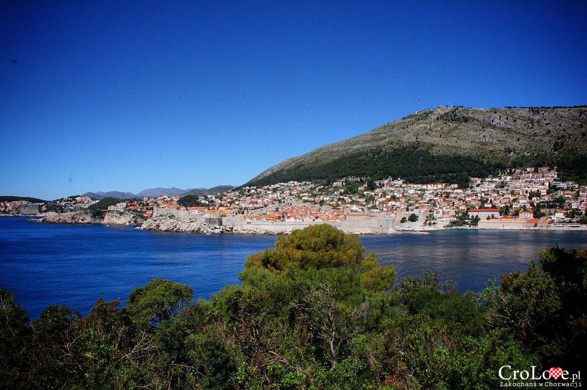 Widok na Dubrownik z Fortu Royal na wyspie Lokrum