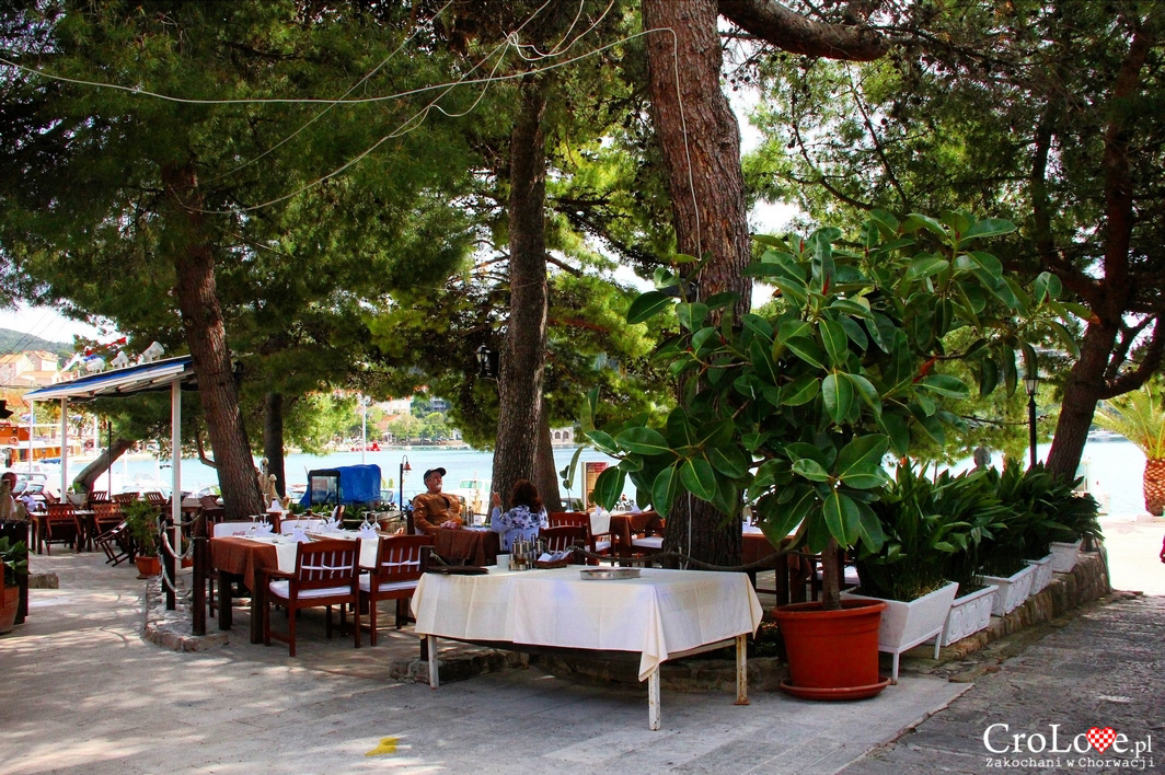 Taverna Galija w Cavtacie