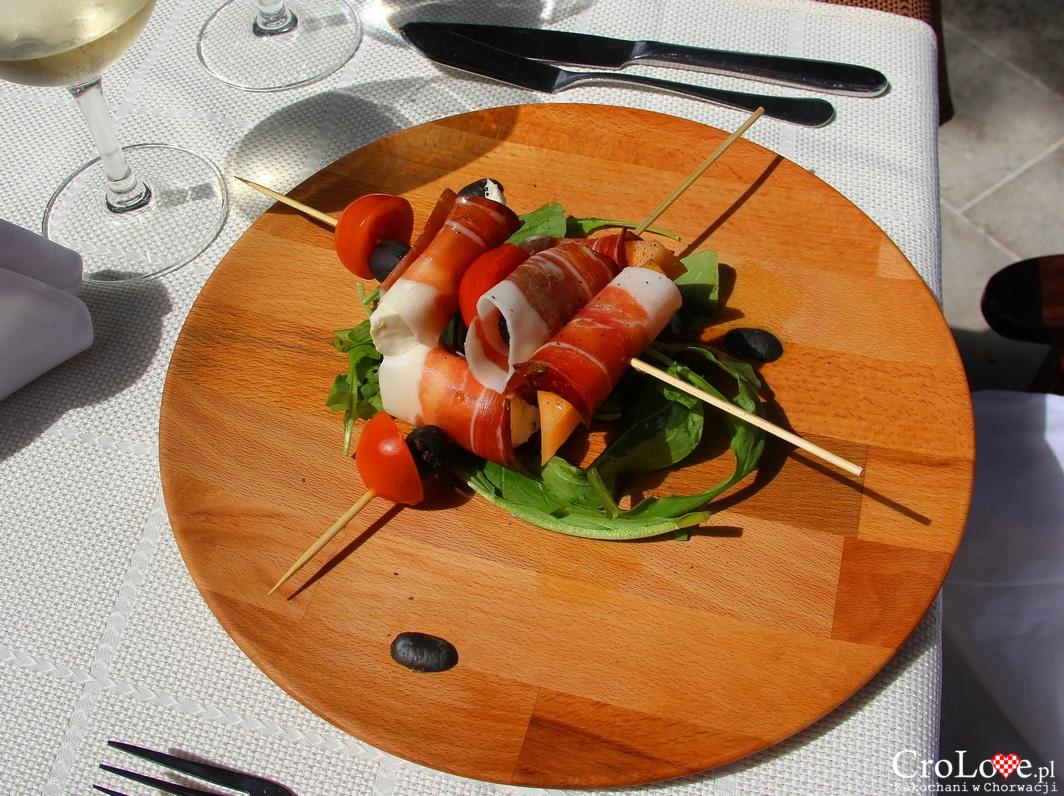 Szynka suszona Pršut z serem z wyspy Pag i oliwą z wyspy Hvar
