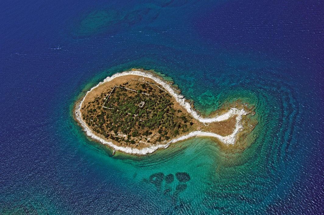 Wyspa Gaž, jedna z ponad 1200 chorwackich wysp (autor: Renco Kosinožić)
