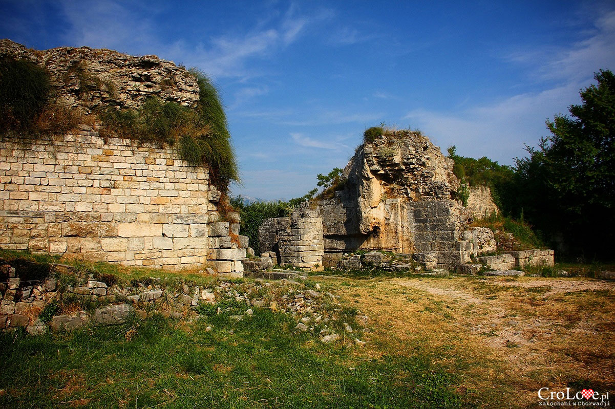 Porta Caesarea - wschodnia brama Salony