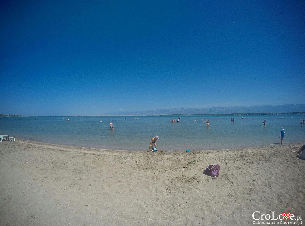 Piaszczysta plaża w Nin