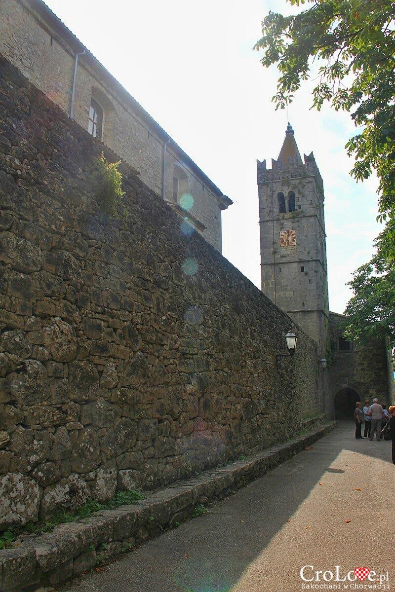 Mur miejski w Hum