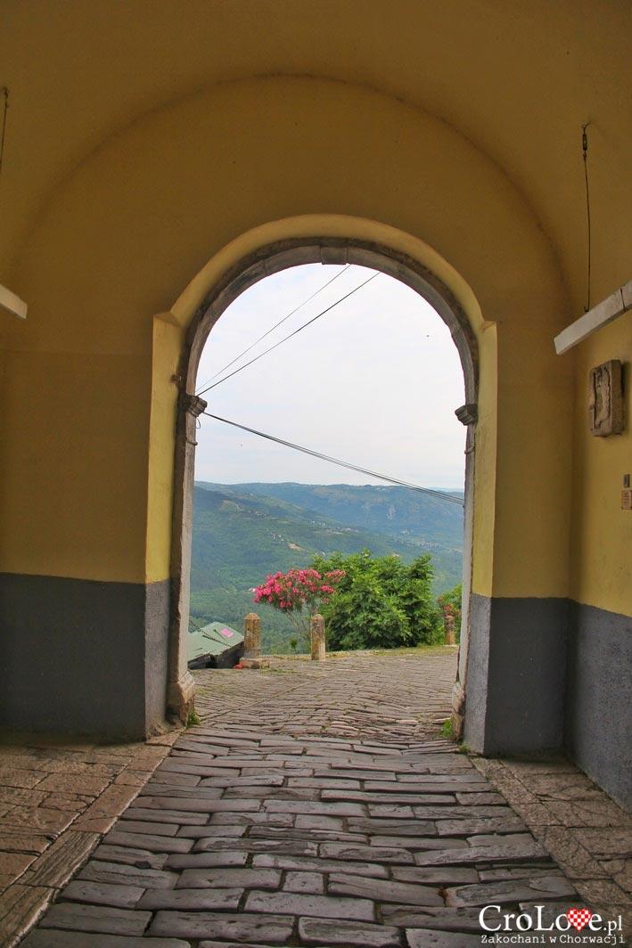 Brama miejska w Motovun