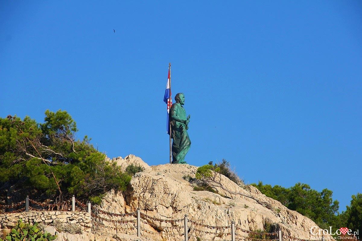 Posąg Św. Piotra w Makarskiej
