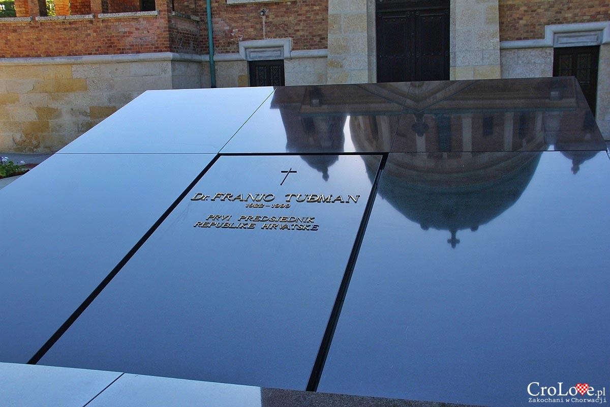 Grób Franjo Tuđmana - Cmentarz Mirogoj w Zagrzebiu