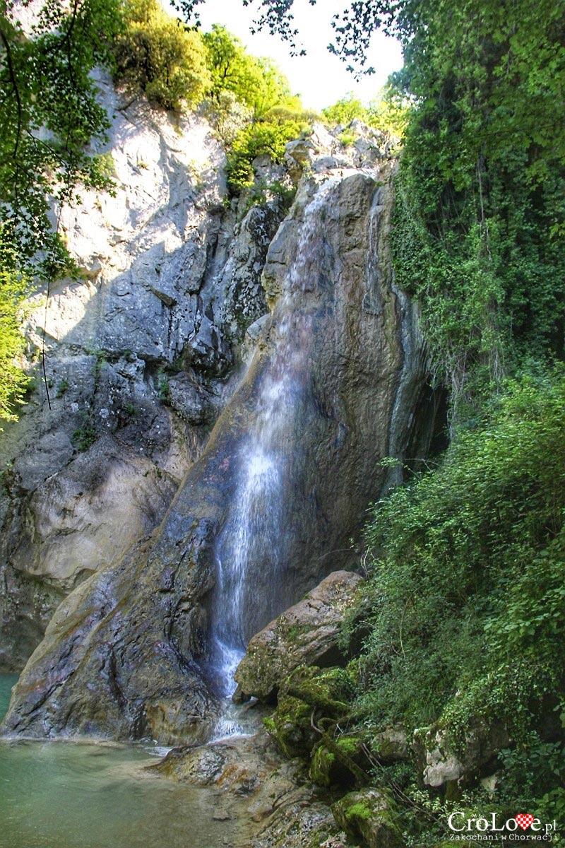Wodospad Vela peć - Szlak siedmiu wodospadów