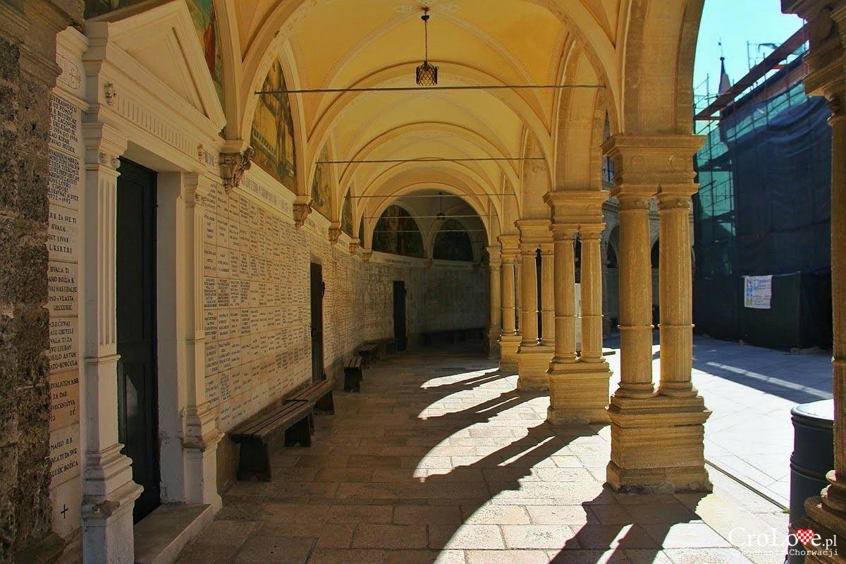 Krużganki - Sanktuarium maryjne Marija Bistrica