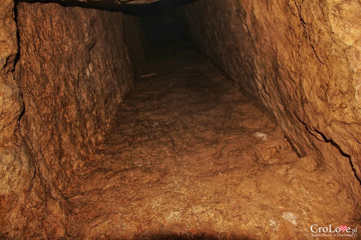 Tunel na powierzchnię - Podziemna cześć akweduktu Dioklecjana w Splicie