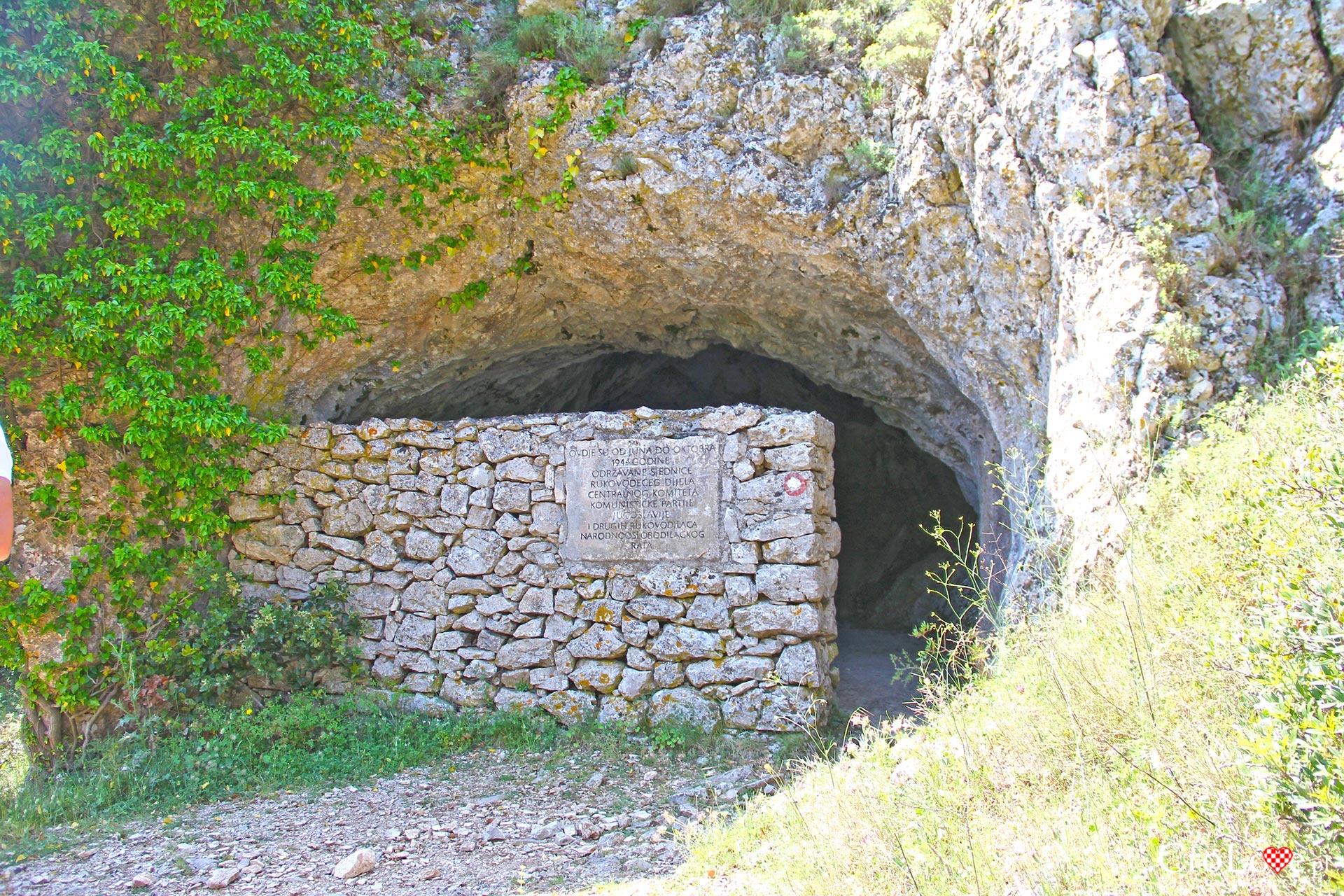 Jaskinia Tito na wyspie Vis