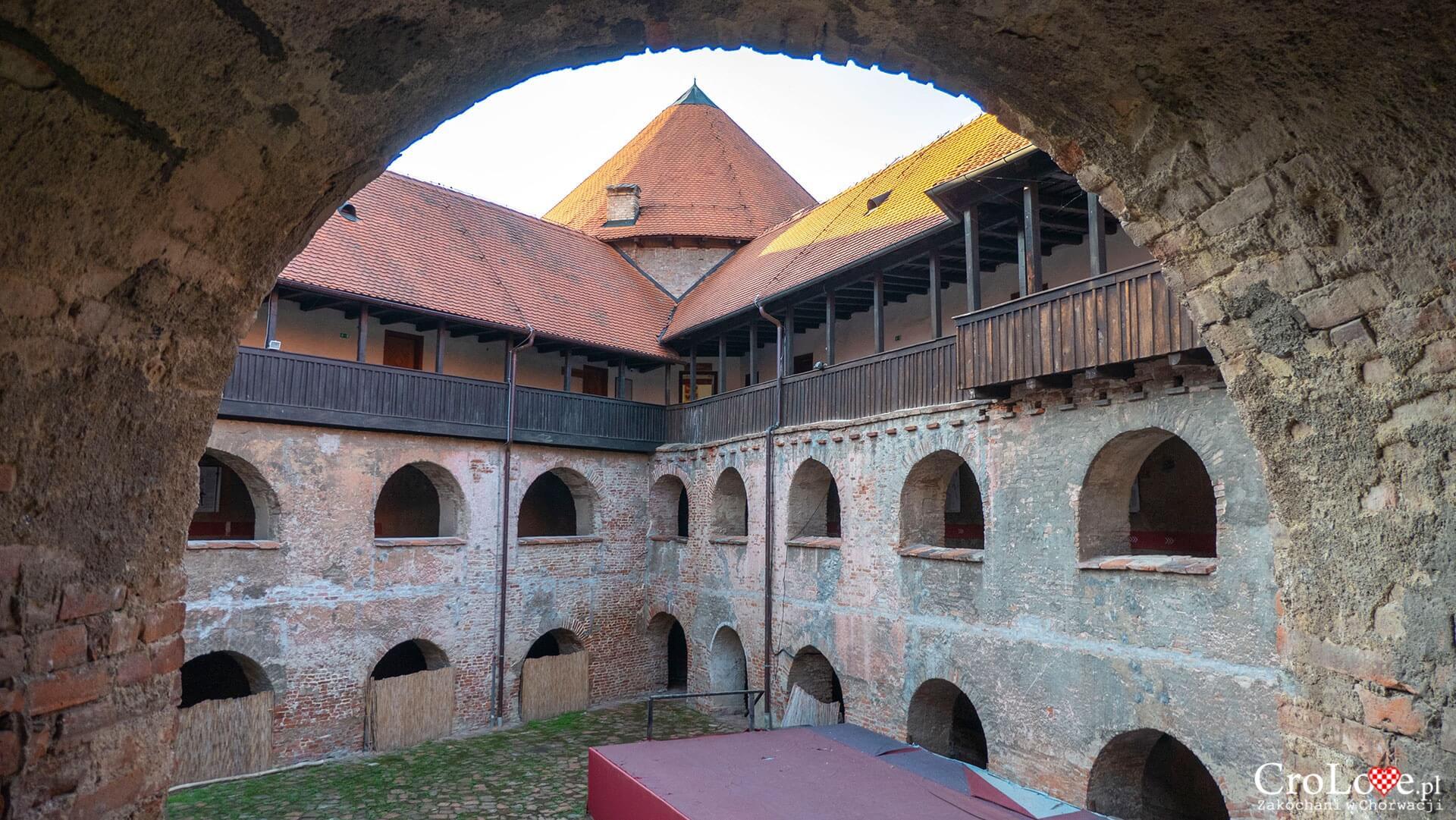 Twierdza Starigrad, Sisak - region Sisačko-Moslavački