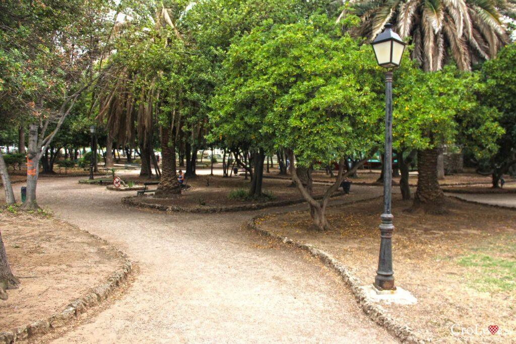 Park miejski w Jelsie na wyspie Hvar