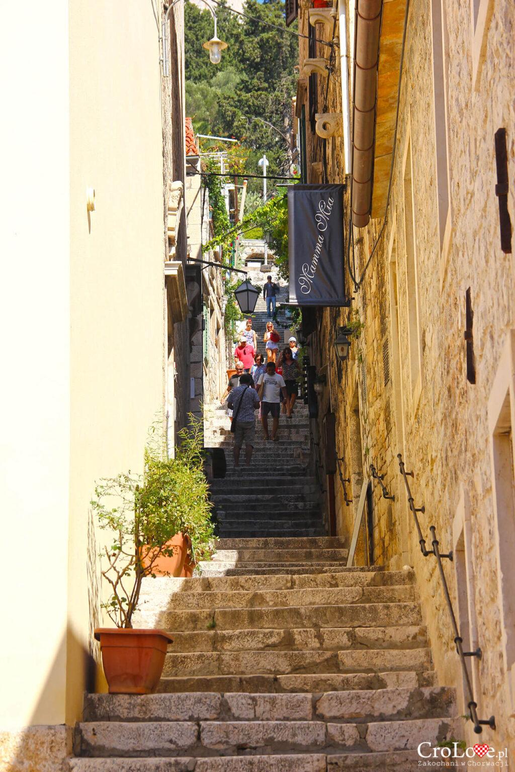 Schody prowadzące do Tweirdzy Španjola w Hvarze
