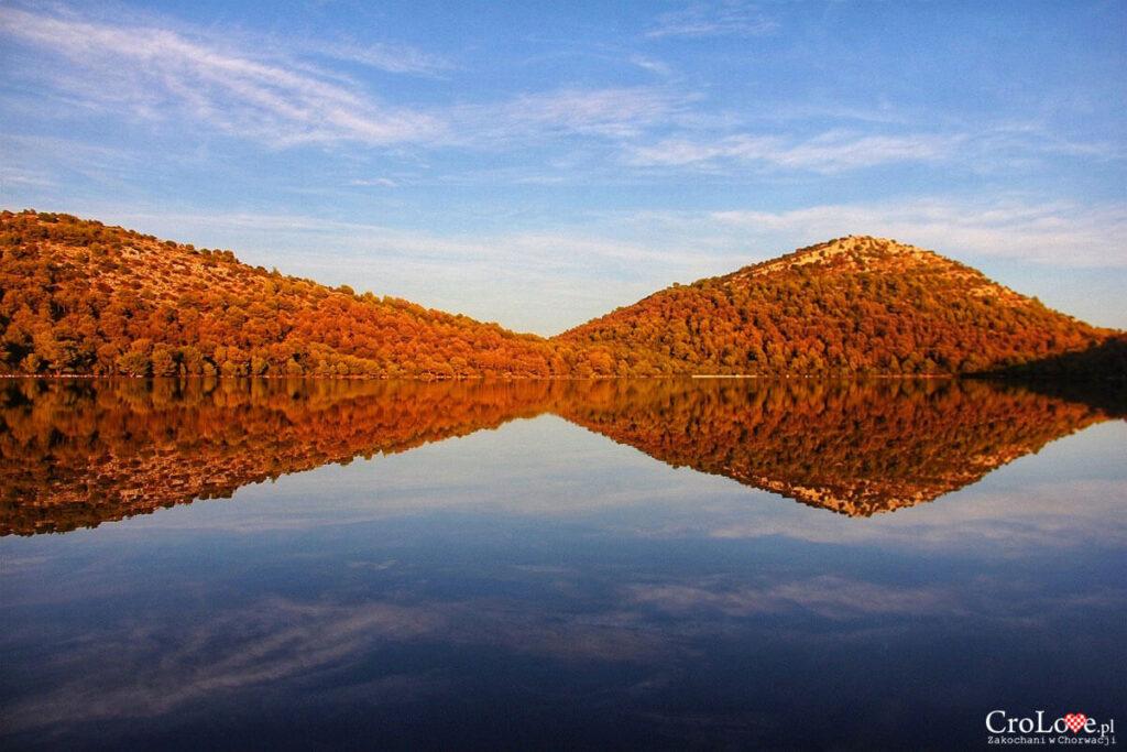 Jezioro Mir w Parku Przyrody Telašćica