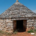 Kažuni – kamienne domki zbudowane bez zaprawy murarskiej