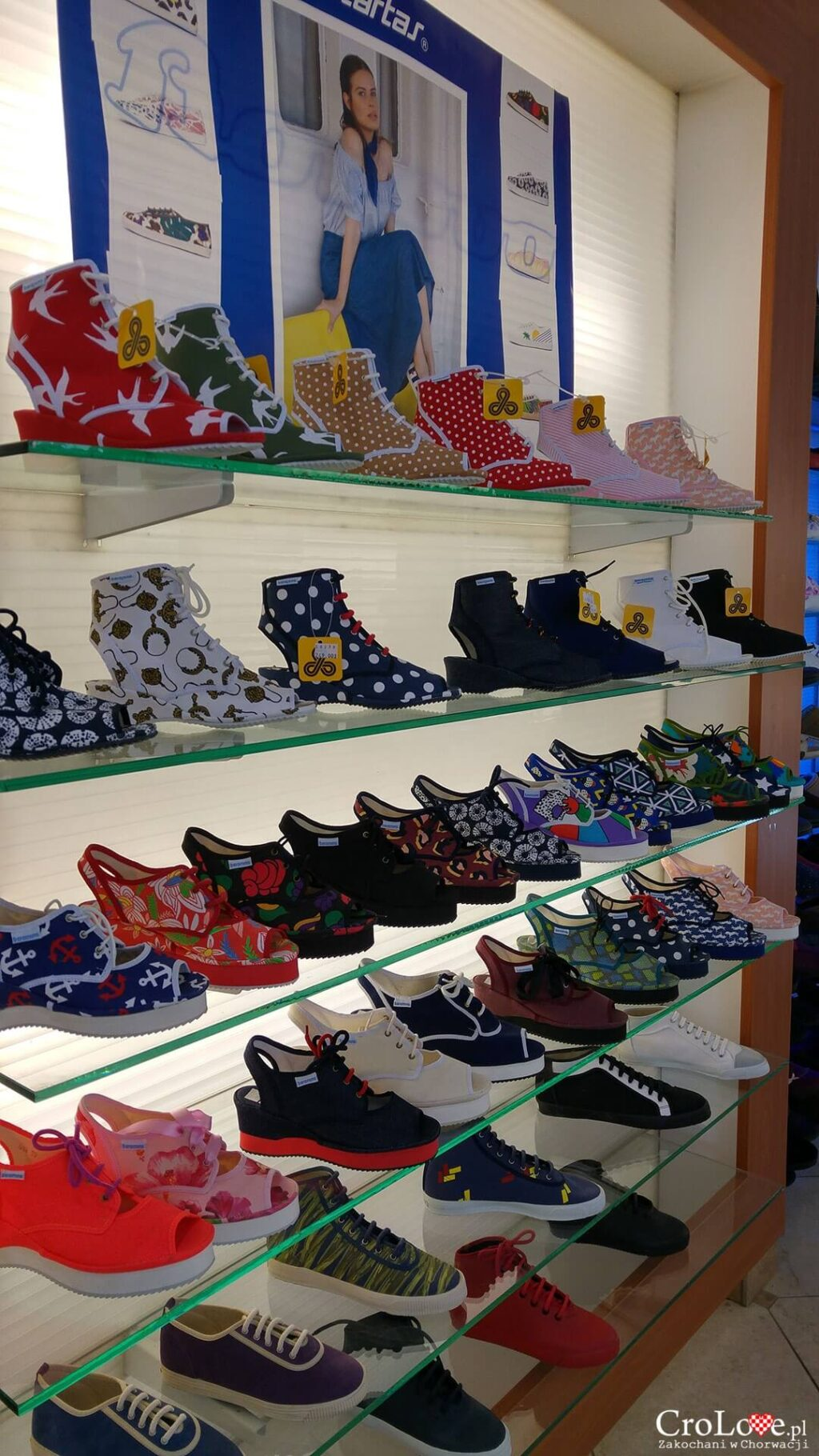 Buty Borosana z fabryki obuwia Borovo w Vukovarze